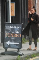 Jennifer Metcalfe Arriving at a local Sunbed shop in Greater Manchester