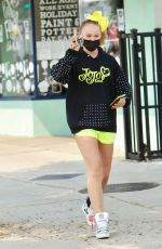 JoJo Siwa Shops at an Arts and Crafts shop with a friend in Studio City