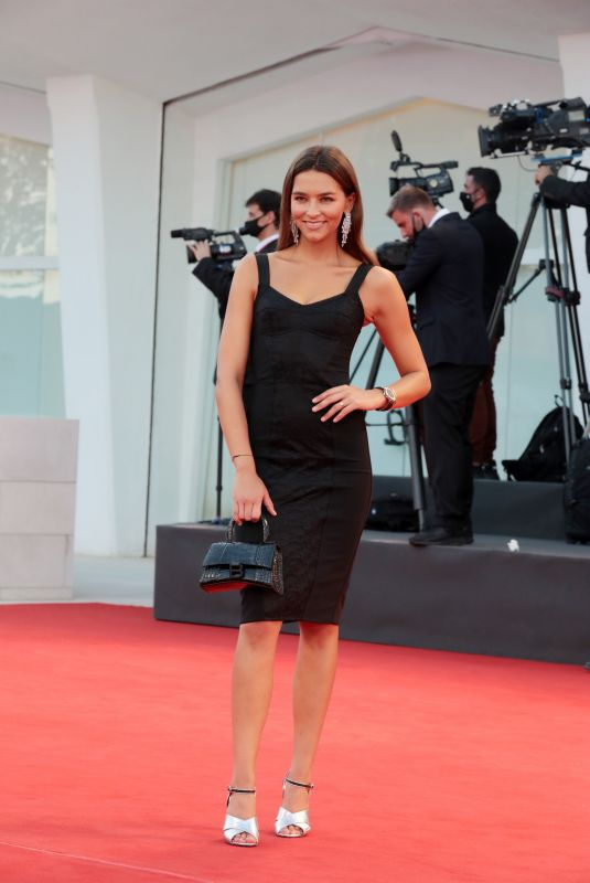 Juana Arias At Closing Ceremony, 77th Venice Film Festival, Italy