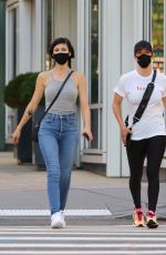 Kaley Cuoco Out with her sister in NYC