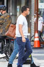 Katie Holmes And Emilio Vitolo Jr. spend Sunday afternoon together in New York