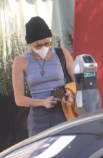 Miley Cyrus Seen leaving the hair salon in Los Angeles
