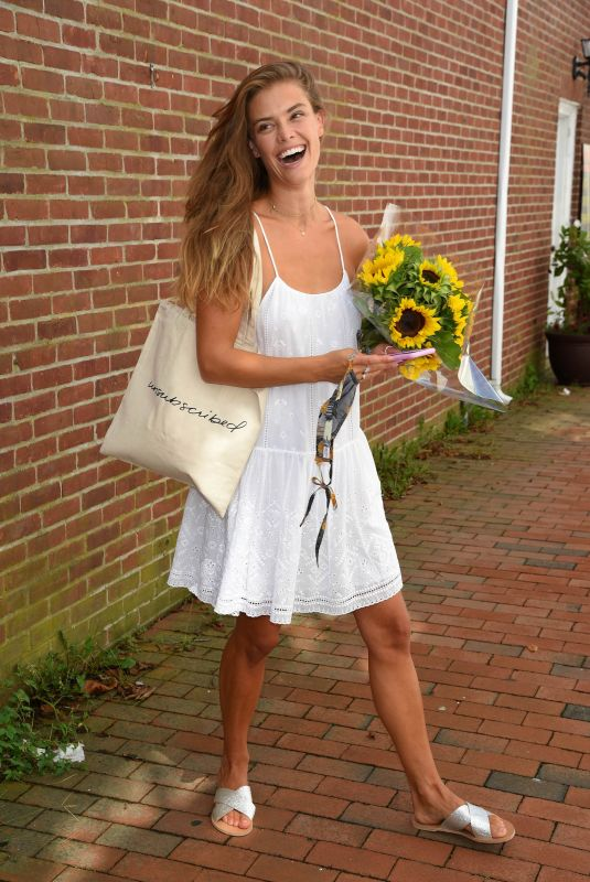 Nina Agdal Shops at Unsubscribed in East Hampton