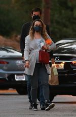 Rachel McAdams Dining with her boyfriend in LA