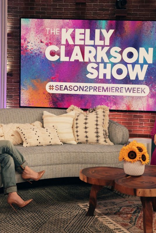 Sabrina Carpenter On the Kelly Clarkson Show