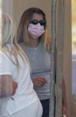 Sofia Richie Ends a shopping trip with friends at Barefoot Dreams store at Malibu Country Mart in Malibu