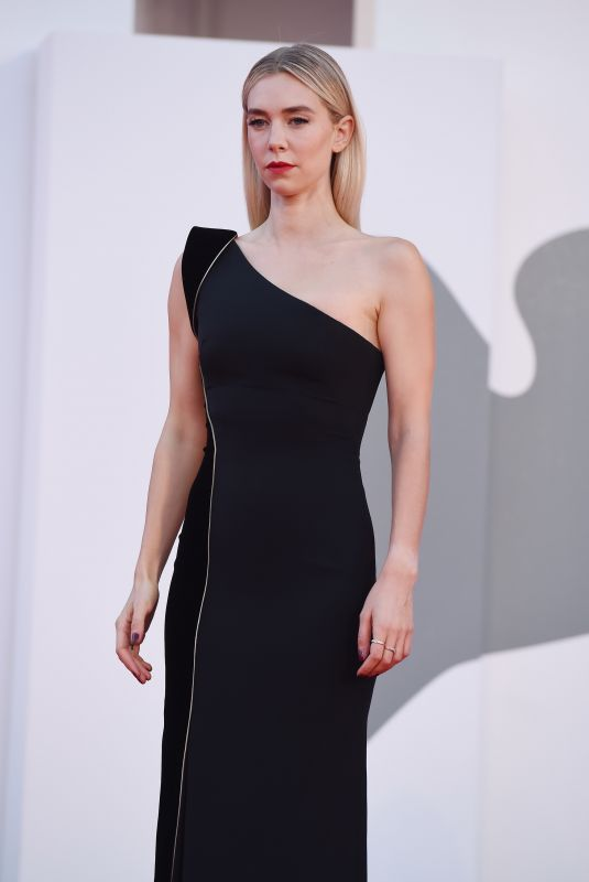 Vanessa Kirby Attending the closing Ceremony of the 77th Venice Film Festival