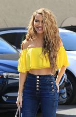 Chrishell Stause Looking good in a yellow top and jeans as she heads to the DWTS studio in Los Angeles