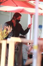 Ellen Pompeo Enjoys lunch with her daughter and a friend