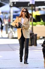 Emily Ratajkowski Out with Colombo in New York