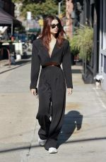 Emily Ratajkowski Shows off her toned abs in a Nasty Gal outfit in Tribeca