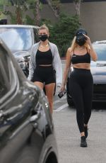 Hailey Bieber (Baldwin) Grabs juice after her workout this morning in West Hollywood