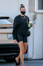 Hailey Bieber Picks up a healthy drink before stopping at a nail salon in Beverly Hills