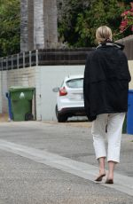 Ireland Baldwin Walks Barefoot After a Night of Partying on Her Birthday in Los Angeles