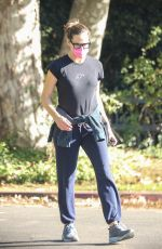 Jennifer Garner Leaves after checking in on the progression of the construction of her new home in Brentwood