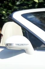 Jennifer Lopez Enjoy a ride while house hunting in Bel Air