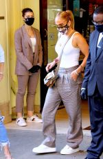 Jennifer Lopez Out for lunch with her sister at Cipriani Downtown in NYC
