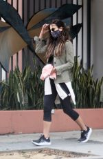 Jordana Brewster Grabs some coffee at Blue Bottle in Brentwood
