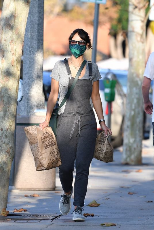 Jordana Brewster Looks cute in overalls as she picks up Chipotle to go in Brentwood