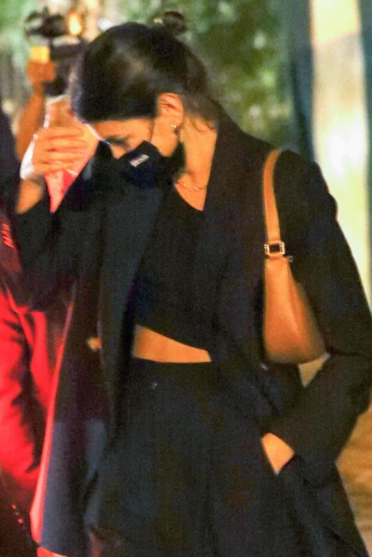 Kaia Gerber Keeps a low profile as she is seen leaving dinner in Los Angeles