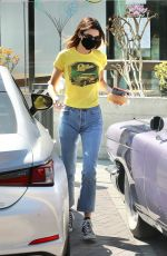 Kendall Jenner Stops at a gas station before heading to grab lunch with a friend in Malibu