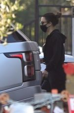 Kim Kardashian Keeps a low profile while visiting a salon in Los Angeles