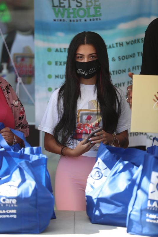 Malu Trevejo Helping out the Sole Folks Organic Food Giveaway in Los Angeles