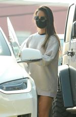 Olivia Munn Leaving her gym after a workout in Los Angeles