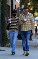 Selma Blair Grabs an afternoon coffee with her boyfriend Ron Carlson at Alfred in Los Angeles