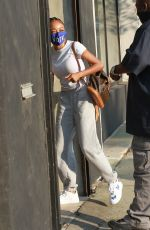 Skai Jackson Gets dropped off Saturday morning for an early practice at the DWTS studio in Los Angeles
