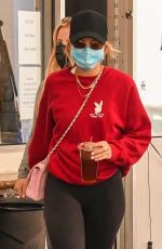 Sofia Richie Picks up her Range Rover after grabbing a bite with friends in the 90210
