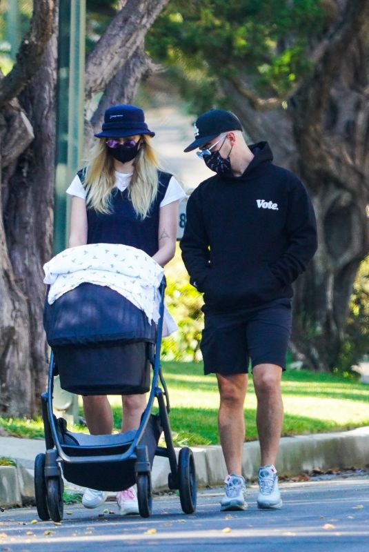 Sophie Turner Out with daughter Willa in LA
