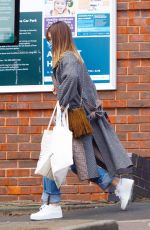 Daisy Edgar-Jones Out for grocery supplies at Marks & Spencer in London