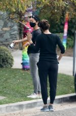 Jennifer Garner Chatting with a friend while out and about in Brentwood
