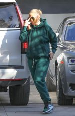 Jennifer Lopez Spends her Saturday at the recording studio in Beverly Hills