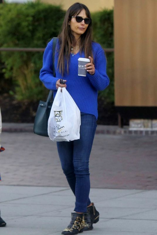 Jordana Brewster Out for lunch at Le Pain Quotidien in Beverly Hills
