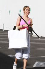 Kaitlyn Bristowe All smiles heading into practice in Los Angeles