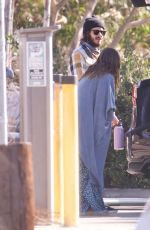 Leighton Meester & Adam Brody All smiles as they change into wetsuits before surfing session in New York