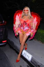 Paris Hilton In her Halloween