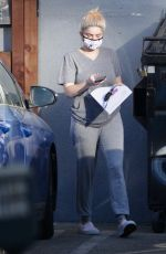 Ariel Winter Stops by an office building in Studio City