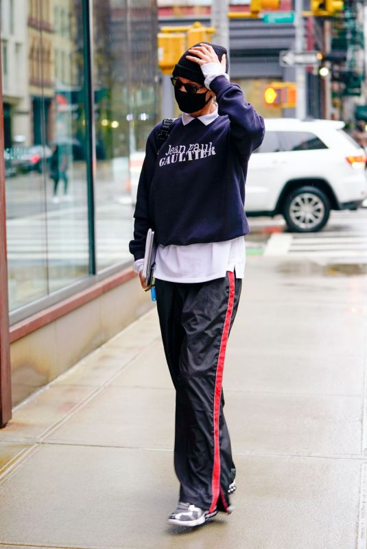 Bella Hadid In Sporty outfit out in NY