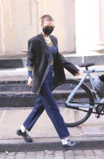 Bella Hadid Leaves her apartment and heads to bar Pitti for lunch in New York