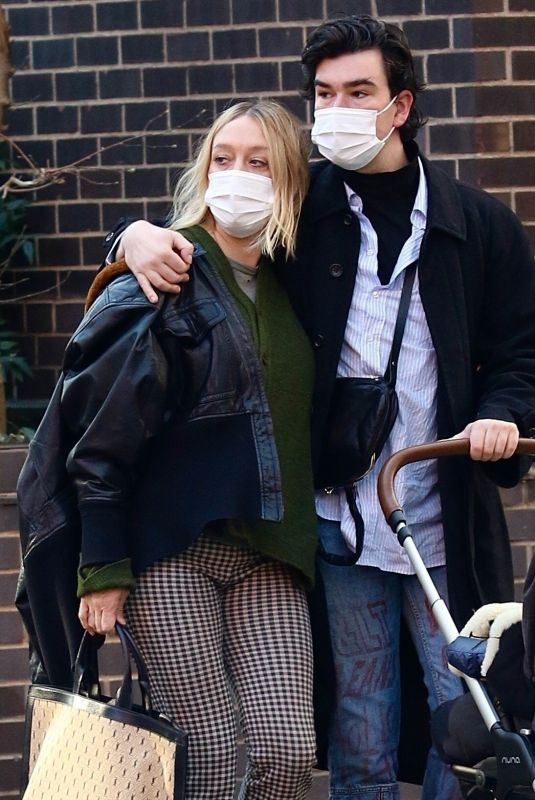Chloe Sevigny Out with her boyfriend in West Village