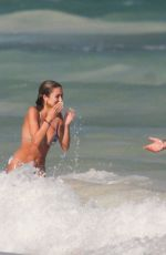 Delilah Belle Hamlin Packs on the PDA with boyfriend Eyal Booker during romantic getaway to Tulum