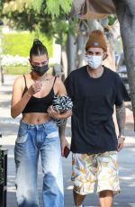 Hailey Bieber Grabs a bite at Il Pastaio in Beverly Hills