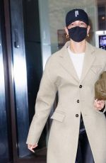 Hailey Bieber Leaving her appartment in NY