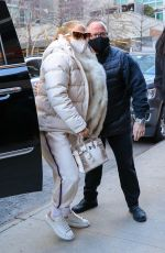 Jennifer Lopez Gets dropped off curbside as she heads to the studio for her New Year