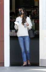 Jordana Brewster Steps out with wet hair to run morning errands in Brentwood