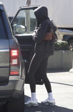 Kaia Gerber Is full hands as she leaves smoothie shop after workout