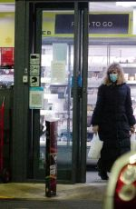 Kate Garraway Out for shopping in London